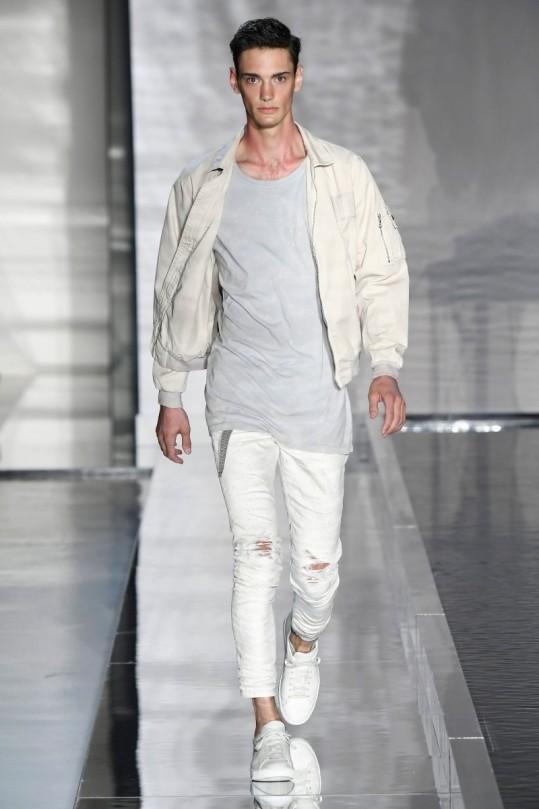 John-Elliott-Spring-Summer-2017-New-York-Fashion-Week-Mens-8
